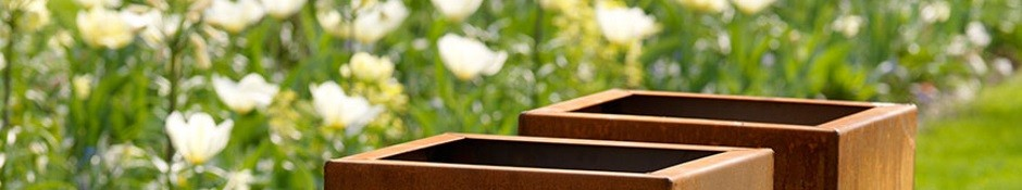 Vierkante plantenbak